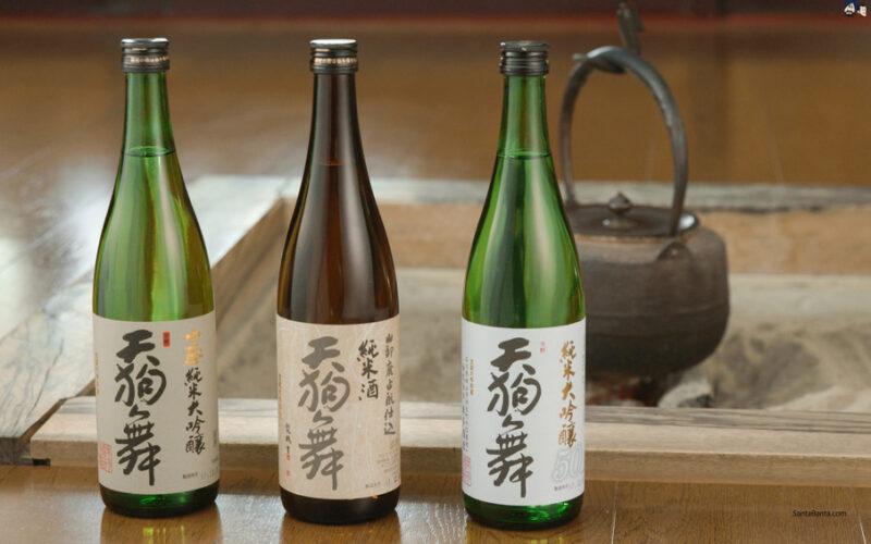 саке в бутылках