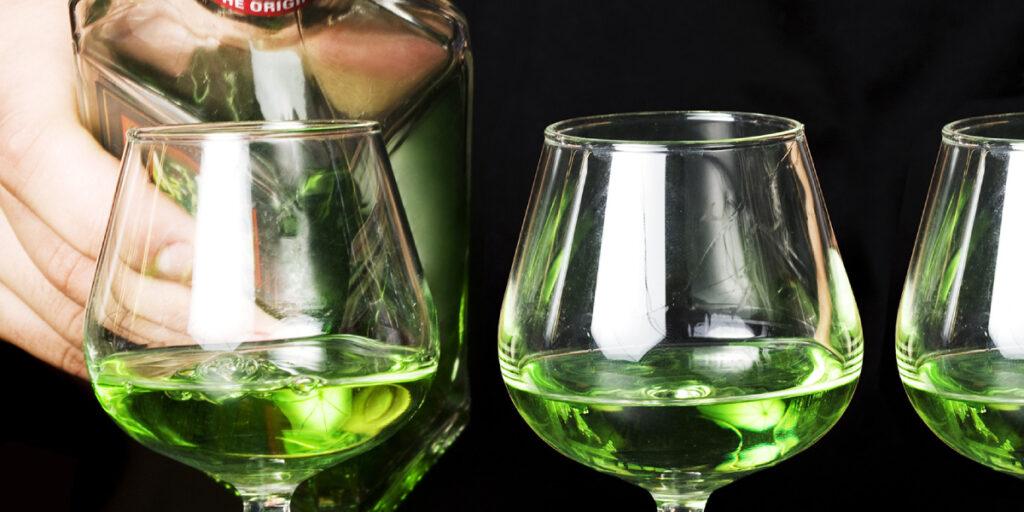 Абсент – Зеленая Фея Или Зеленая Ведьма?