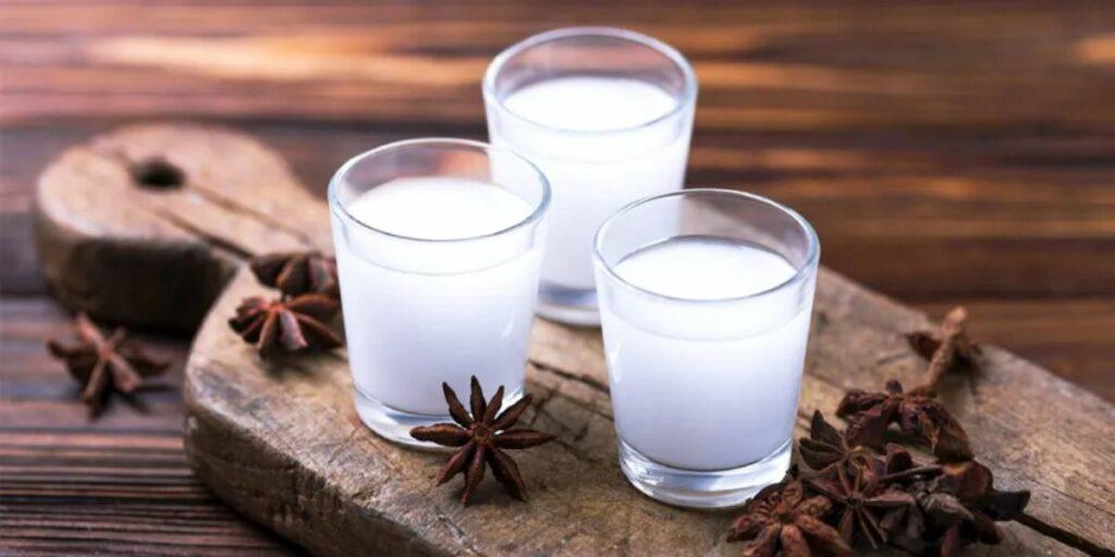 Арак – Что за напиток, почему у него нет родины, и чем он заслужил звание турецкого самогона?