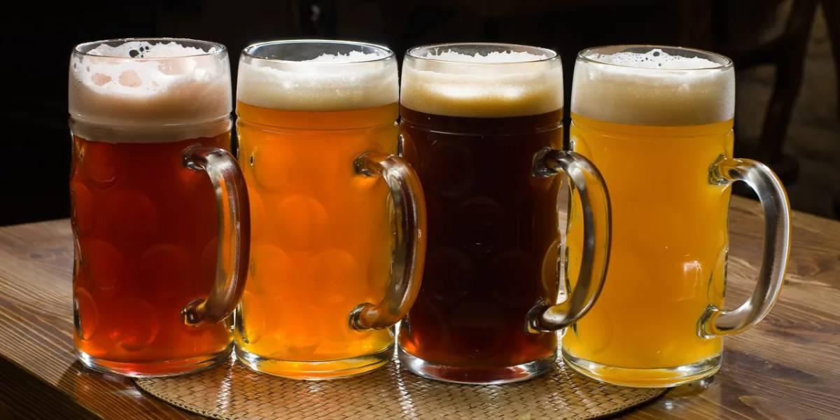 пиво в кружках