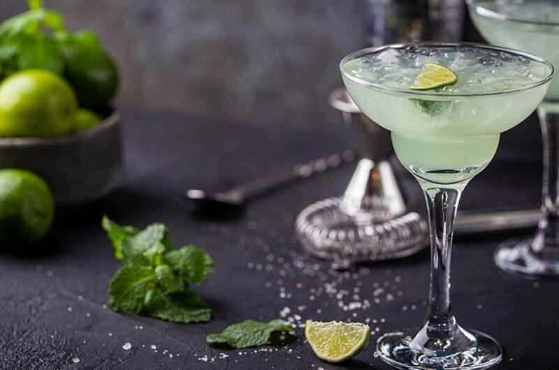 Как приготовить коктейль Маргарита
