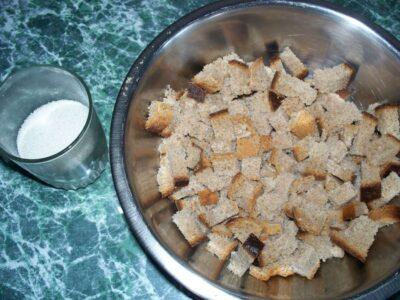 домашний квас хлеб и сахар