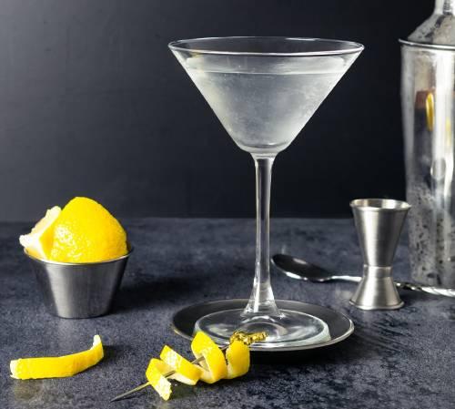 коктейль джеймса бонда рецепт как приготовить мартини водка