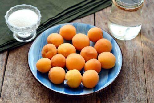 ингредиенты для компота из абрикос