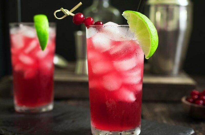 Как приготовить коктейль Морской Бриз