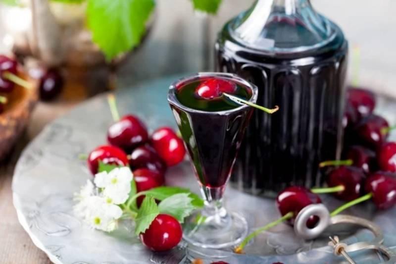 калорийность вишневой наливки
