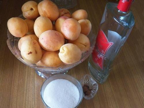 ингредиенты для абрикосовой наливки